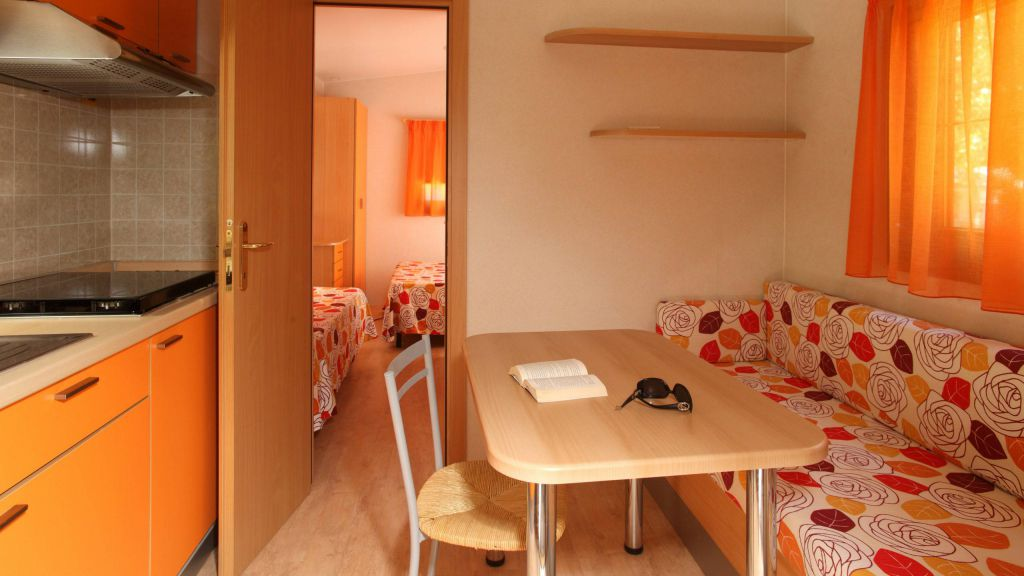 pineto-beach-village-camping-pineto-abruzzo-mobile-home-zefiro-1