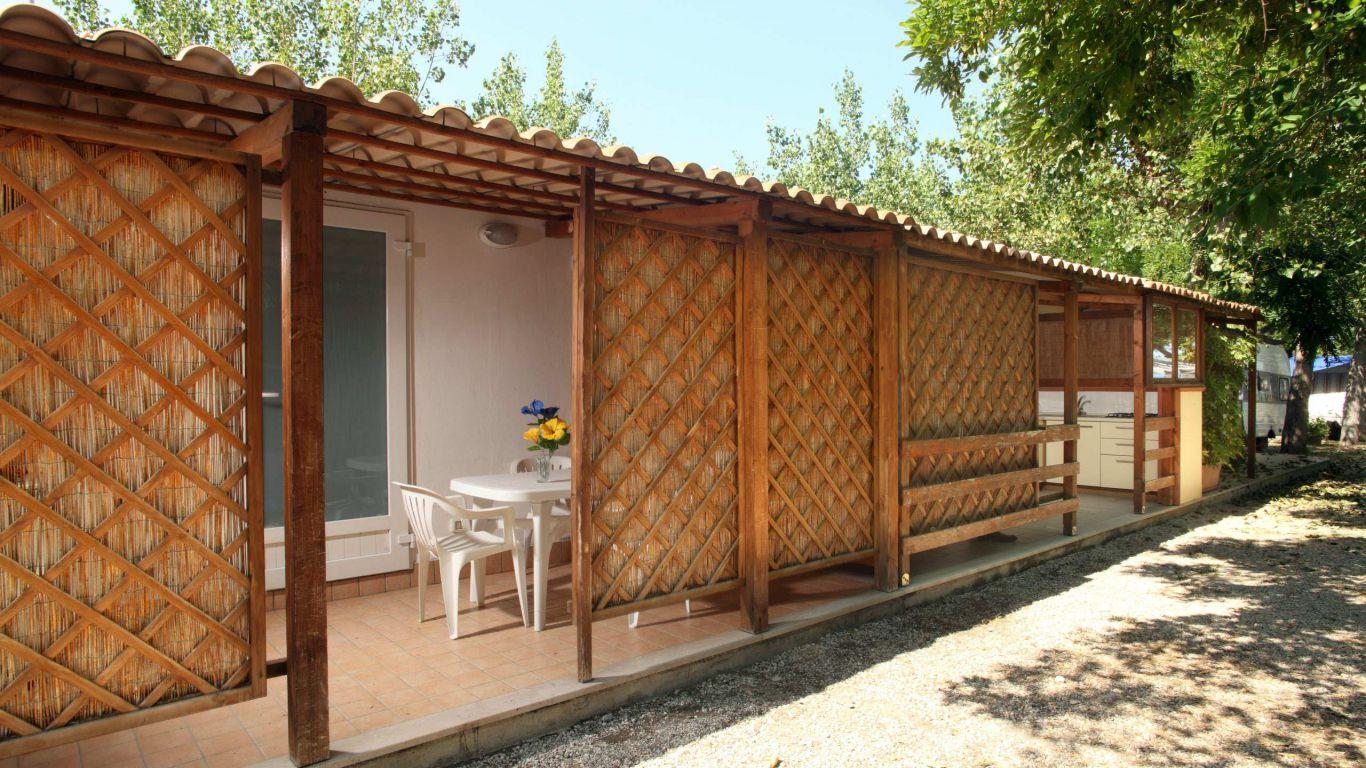 pineto-beach-village-camping-pineto-abruzzo-bungalow-venere-2