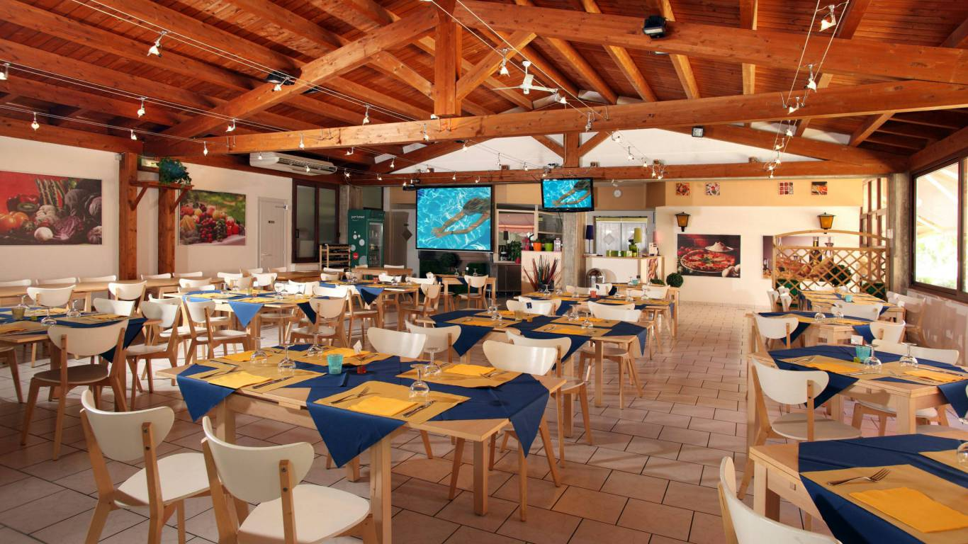 pineto-beach-village-camping-pineto-abruzzo-camping-bar-restaurant-1