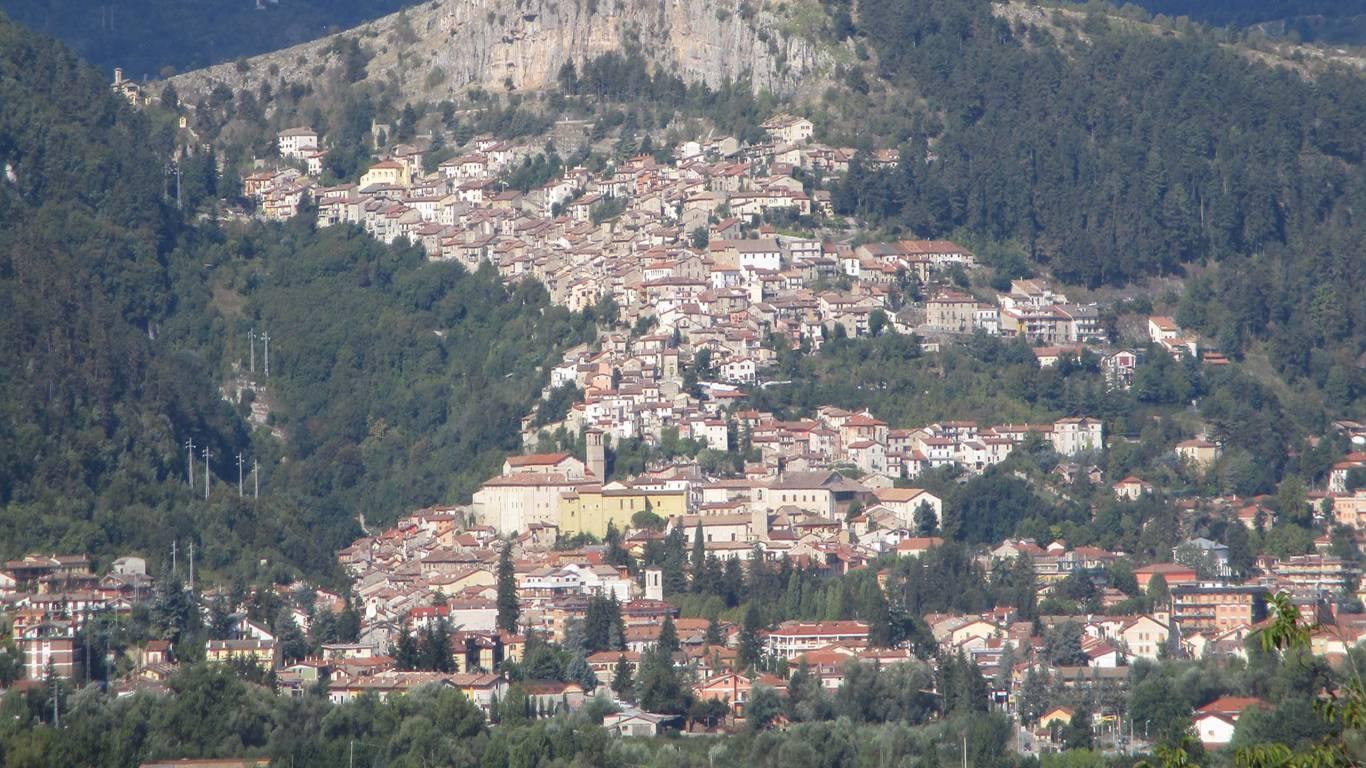 pineto-beach-village-camping-pineto-tagliacozzo-2