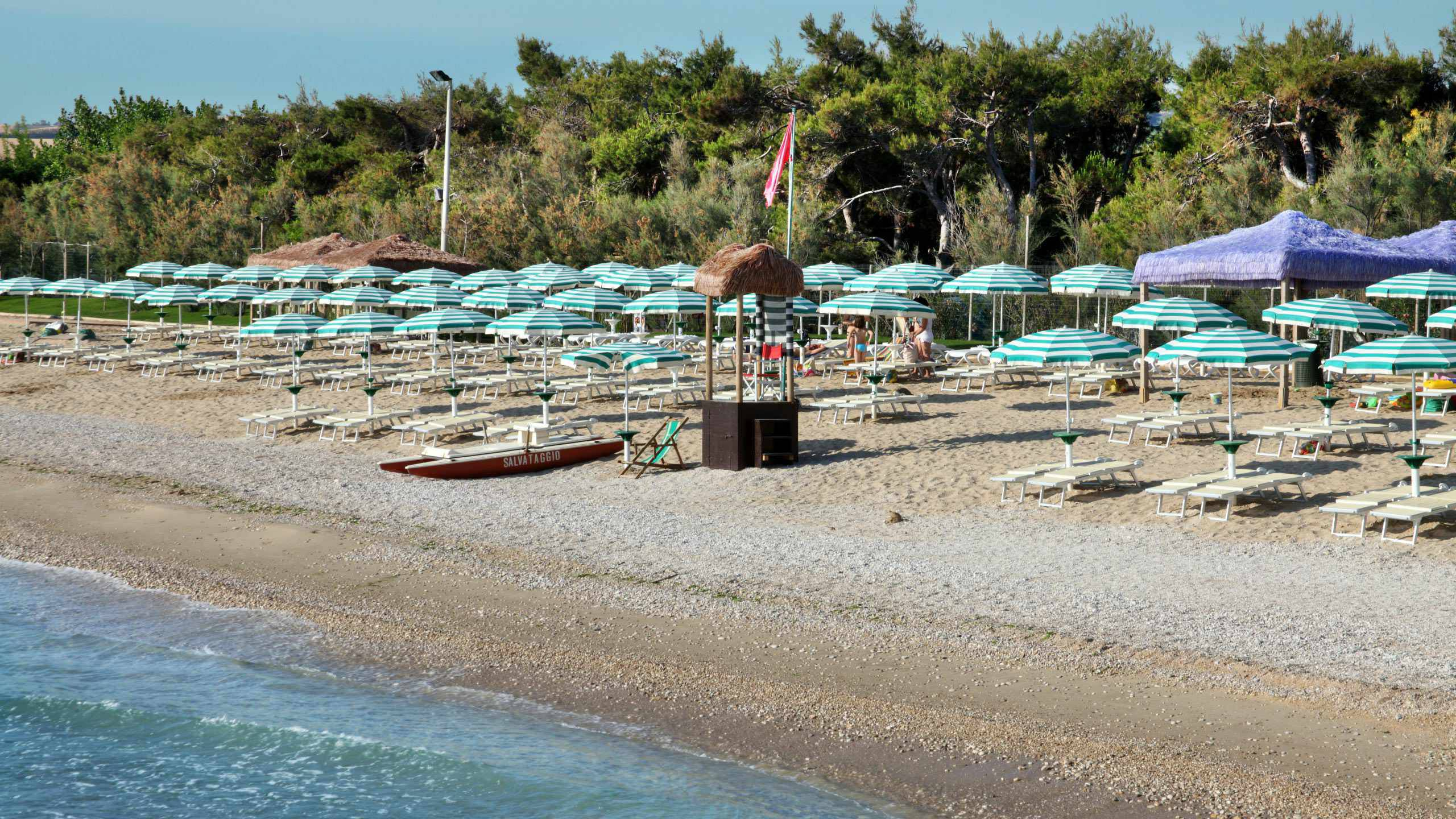 pineto-beach-village-camping-pineto-abruzzo-piscina-mare-37