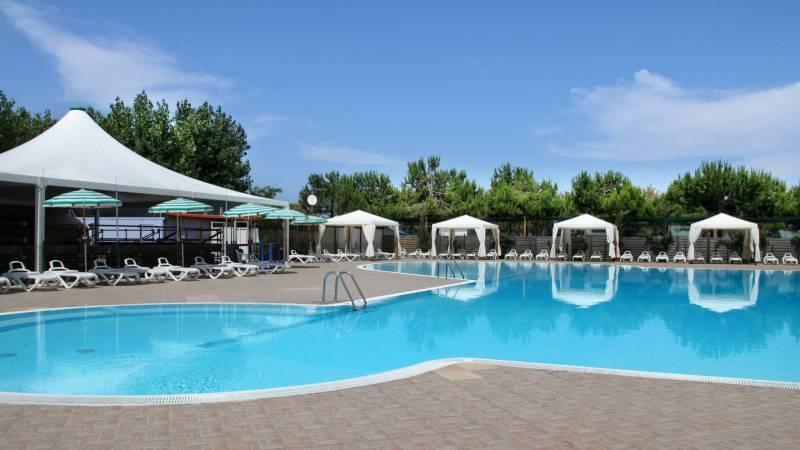 pineto-beach-village-camping-pineto-abruzzo-sea-pool-9